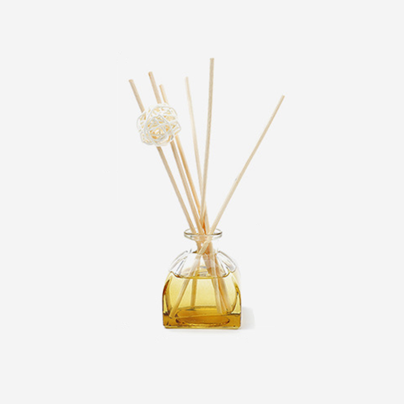Private label customize packaging wholesale aromatherapy essential oil reed diffuser for air fresheing