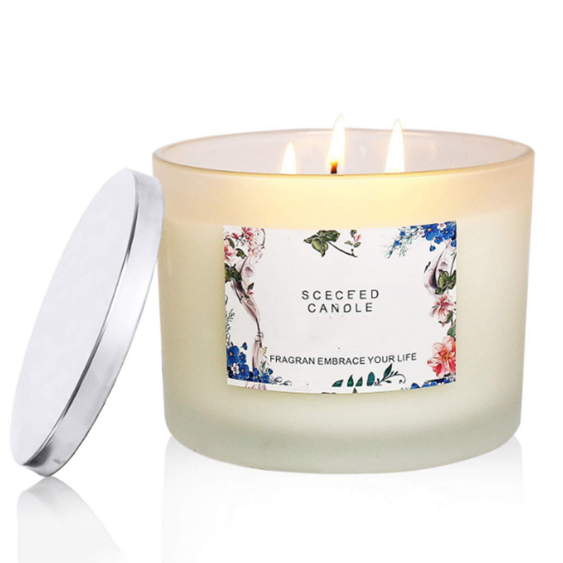 Candle wholesaler customized strong scented candles with private label provide free samples