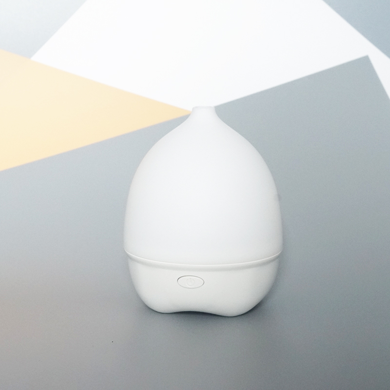 80ml Air humidifier ultrasonic aromatherapy essential oil diffuser UK for air freshening