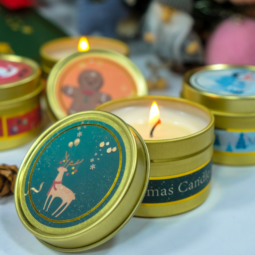 Own brand customized England Christmas soy wax scented travel candles tins gift set with private label
