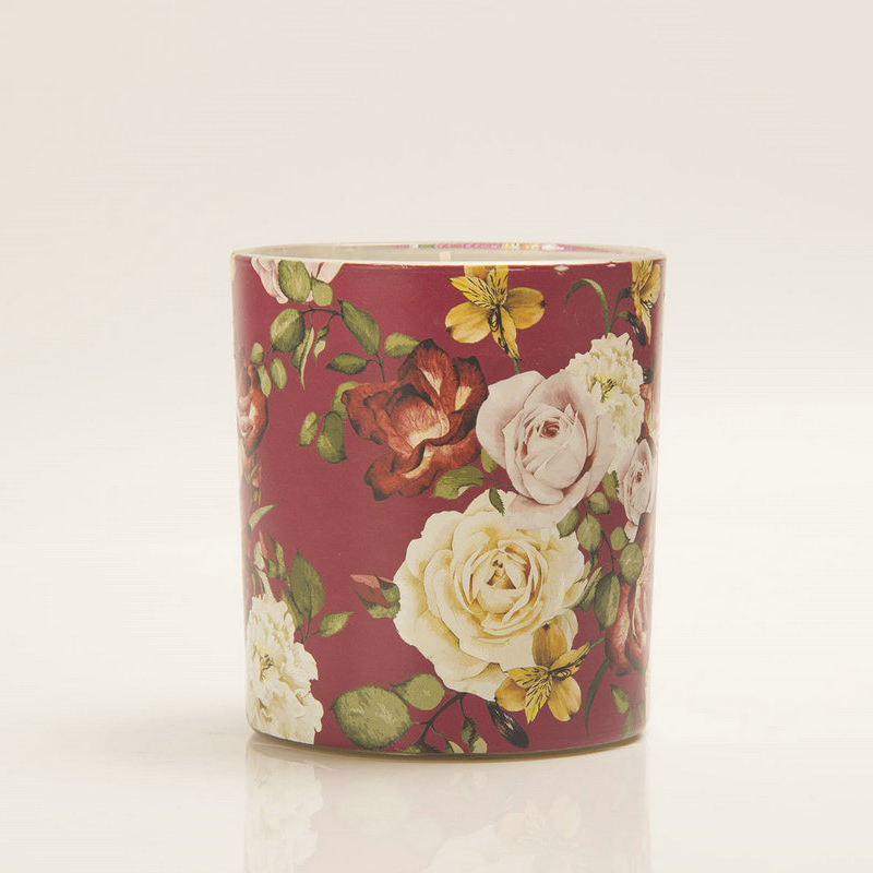 Candle wholesaler private label scented candles with own brand customized packaging in different sizes and scents